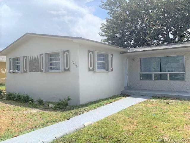 1210 NW 100th St, Miami, FL 33147 (#A11026621) :: Posh Properties