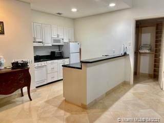 Aventura, FL 33180 :: The Howland Group