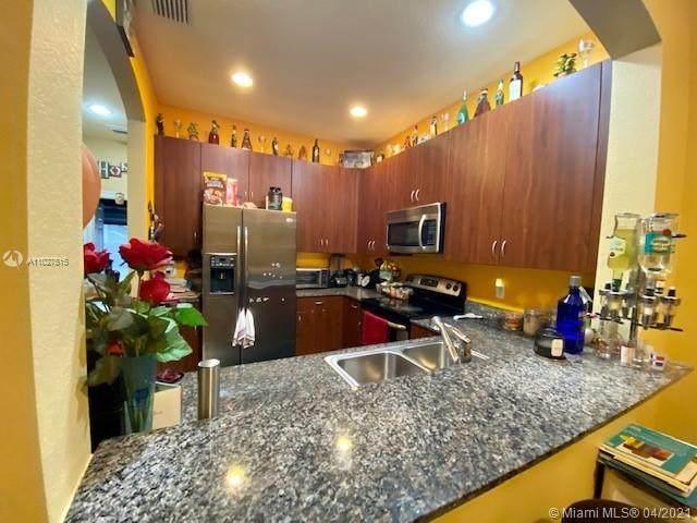 2573 SW 101st Ter #2573, Miramar, FL 33025 (MLS #A11027515) :: Berkshire Hathaway HomeServices EWM Realty