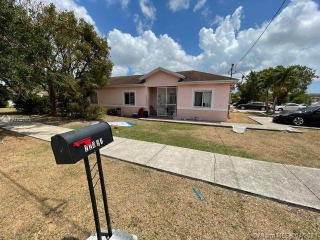 22091 SW 122nd Ave, Miami, FL 33170 (MLS #A11027518) :: The Riley Smith Group