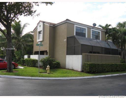 10410 SW 153rd Ct, Miami, FL 33196 (MLS #A11028699) :: The Teri Arbogast Team at Keller Williams Partners SW