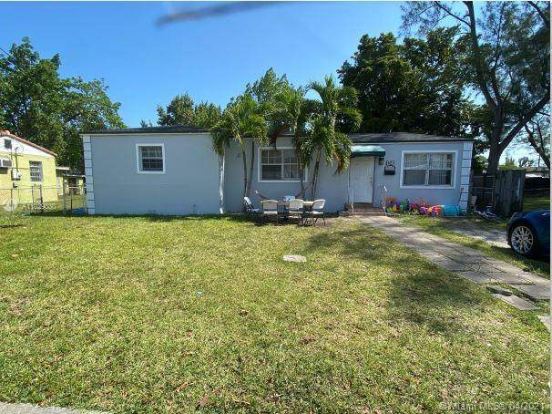 1340 NW 51st Ter, Miami, FL 33142 (MLS #A11029030) :: The Riley Smith Group