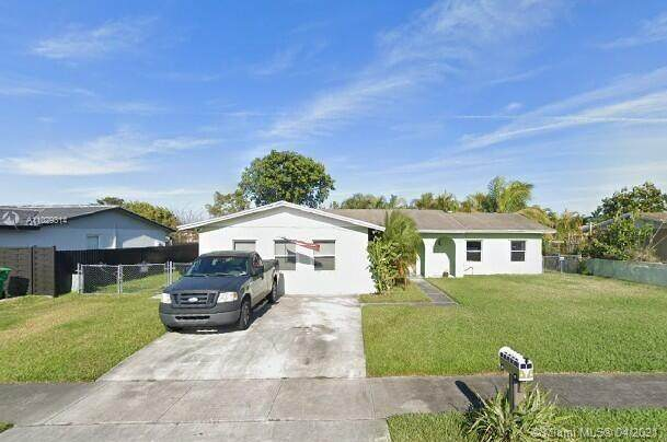 7821 SW 129th Ave, Miami, FL 33183 (MLS #A11029314) :: The Riley Smith Group