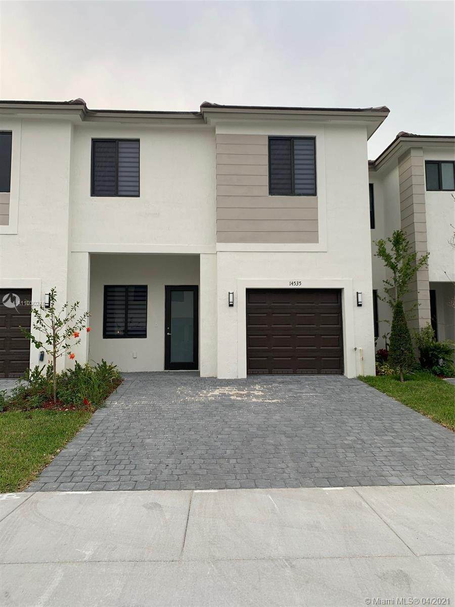 14535 24 Terrace - Photo 1