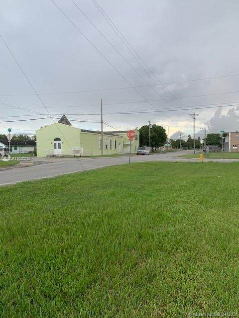 542 SW 5th Ave, Homestead, FL 33030 (MLS #A11030328) :: Equity Realty