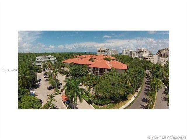 55 Ocean Lane Dr #4032, Key Biscayne, FL 33149 (MLS #A11033196) :: United Realty Group