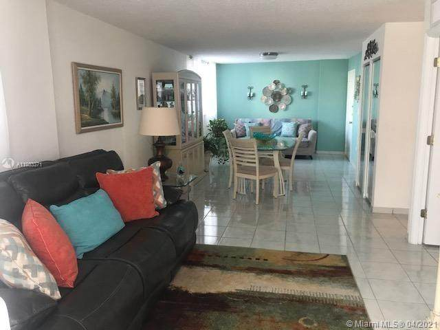 1750 James Ave 3G, Miami Beach, FL 33139 (MLS #A11033371) :: Compass FL LLC
