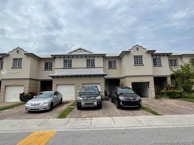 1994 Nassau Dr -, Riviera Beach, FL 33404 (MLS #A11033477) :: Equity Advisor Team