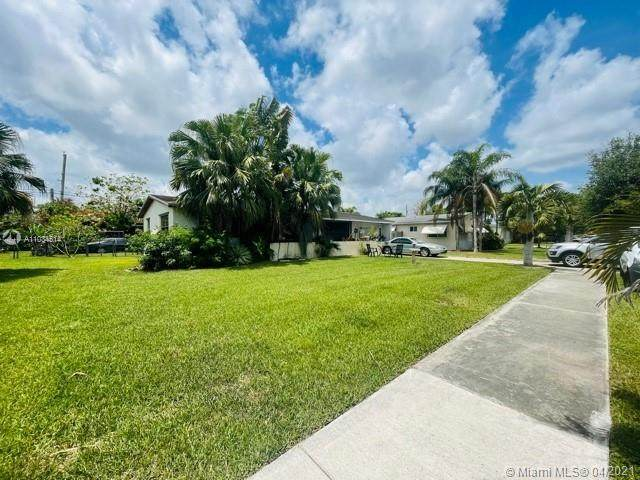 1708 9th Ave - Photo 1