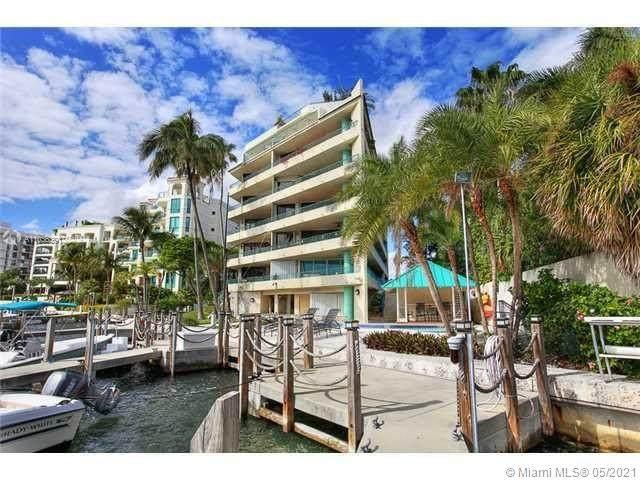 1638 S Bayshore Ct 104A, Miami, FL 33133 (MLS #A11036391) :: Prestige Realty Group