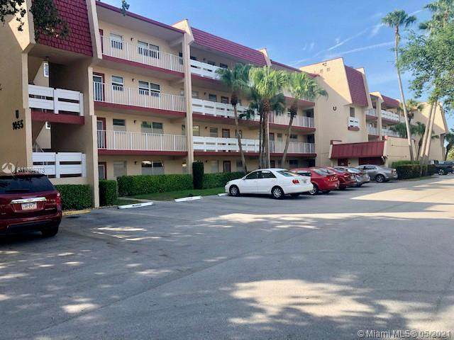 1055 Country Club Dr #407, Margate, FL 33063 (MLS #A11036978) :: Re/Max PowerPro Realty