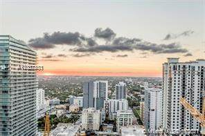 1010 Brickell Ave #2509, Miami, FL 33131 (MLS #A11037853) :: The Teri Arbogast Team at Keller Williams Partners SW