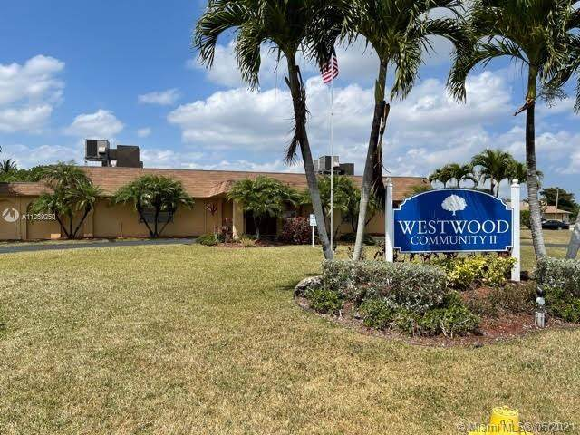 9507 NW 66th St, Tamarac, FL 33321 (MLS #A11039250) :: Patty Accorto Team