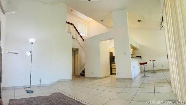9069 SW 138th Pl #9069, Miami, FL 33186 (MLS #A11039332) :: Green Realty Properties