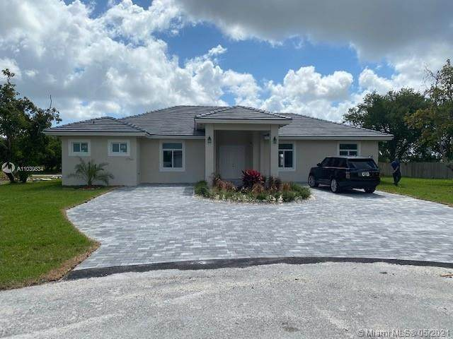 27561 SW 162nd Ct, Homestead, FL 33031 (MLS #A11039834) :: Equity Realty