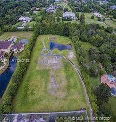 5601 SW 136th Ave, Southwest Ranches, FL 33330 (MLS #A11040162) :: The Pearl Realty Group