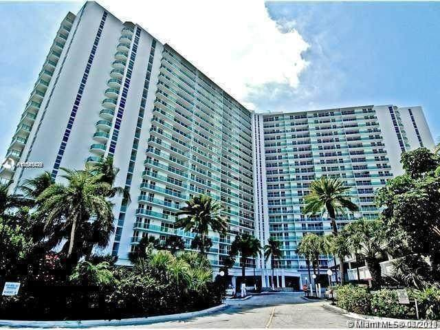 19380 Collins Ave #121, Sunny Isles Beach, FL 33160 (MLS #A11041039) :: The Riley Smith Group