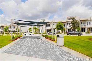 6434 NW 104th Ct #6434, Doral, FL 33178 (MLS #A11041542) :: Berkshire Hathaway HomeServices EWM Realty