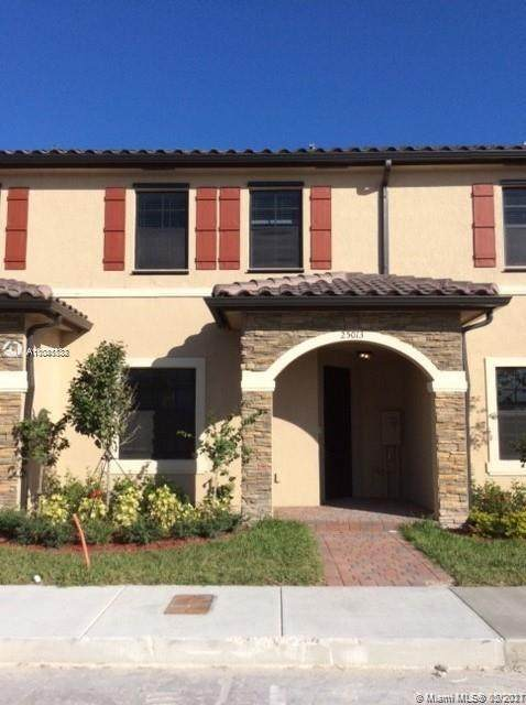 25013 SW 114th Ct, Homestead, FL 33032 (MLS #A11041832) :: The Riley Smith Group