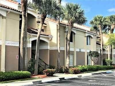 815 W Boynton Beach Blvd 5-203, Boynton Beach, FL 33426 (MLS #A11042022) :: The Pearl Realty Group