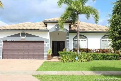 14112 SW 161st Ct, Miami, FL 33196 (MLS #A11042059) :: Douglas Elliman