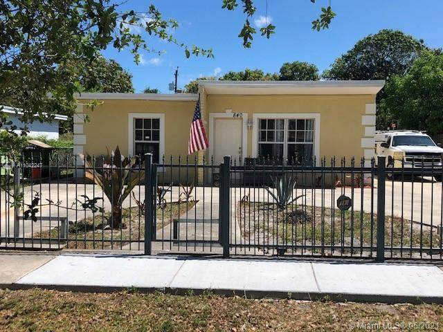 840 NW 126th St, North Miami, FL 33168 (MLS #A11042247) :: The Riley Smith Group