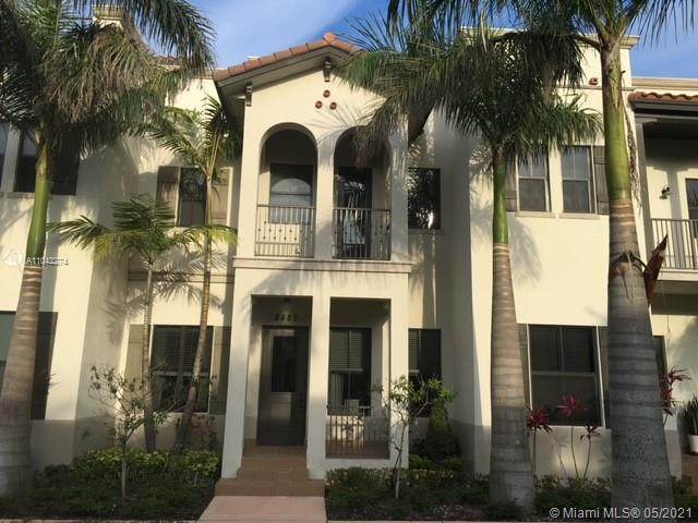 8485 NW 51st Ter, Doral, FL 33166 (MLS #A11042274) :: ONE Sotheby's International Realty