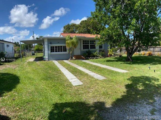 99 NW 145th St, Miami, FL 33168 (MLS #A11042359) :: KBiscayne Realty