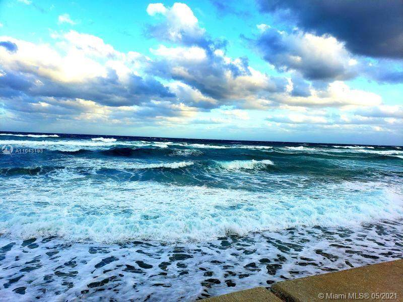 3589 Ocean Blvd - Photo 1