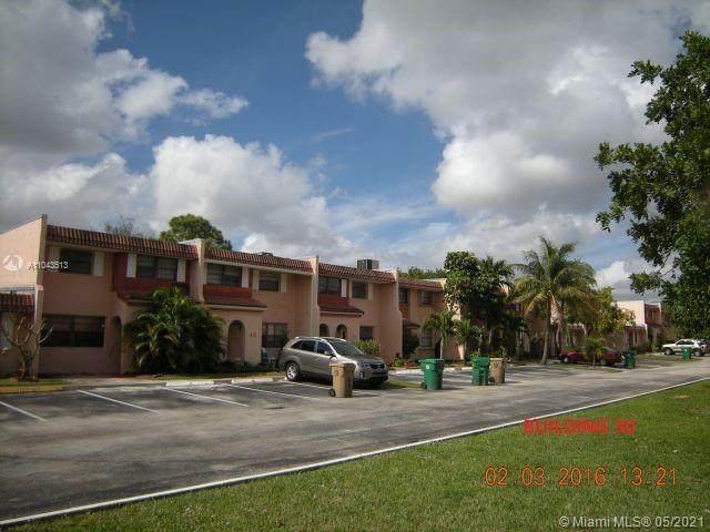 22 Cortez Way 4-44, Davie, FL 33324 (MLS #A11043513) :: Natalia Pyrig Elite Team | Charles Rutenberg Realty