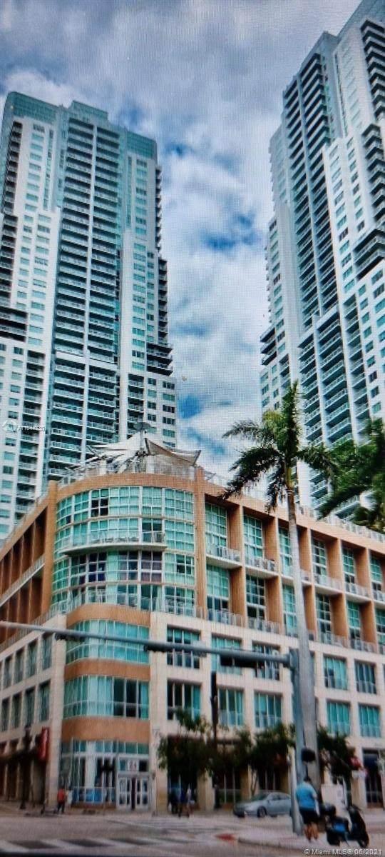 244 Biscayne Blvd #2007, Miami, FL 33132 (MLS #A11044330) :: Douglas Elliman