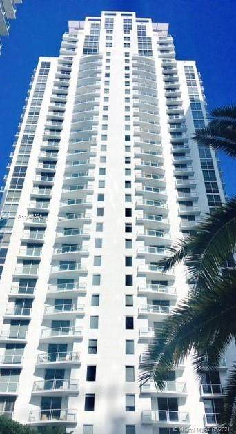 1050 Brickell Ave #2102, Miami, FL 33131 (MLS #A11046394) :: The Rose Harris Group