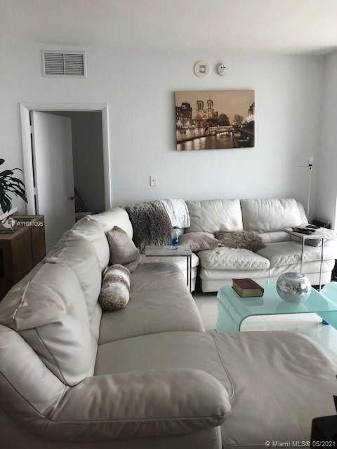244 Biscayne Blvd #2008, Miami, FL 33132 (#A11047095) :: Posh Properties