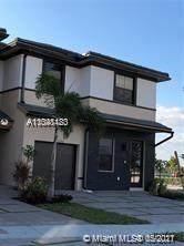 15790 NW 91 #15790, Miami Lakes, FL 33018 (MLS #A11048483) :: Berkshire Hathaway HomeServices EWM Realty