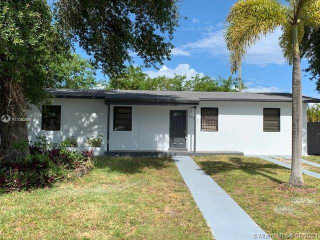 19210 NW 9th Ave, Miami Gardens, FL 33169 (MLS #A11050569) :: Team Citron