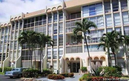 701 Three Islands Blvd #317, Hallandale Beach, FL 33009 (MLS #A11050857) :: The Howland Group