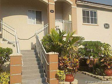 2701 SE 12th Rd #203, Homestead, FL 33035 (MLS #A11051788) :: Berkshire Hathaway HomeServices EWM Realty