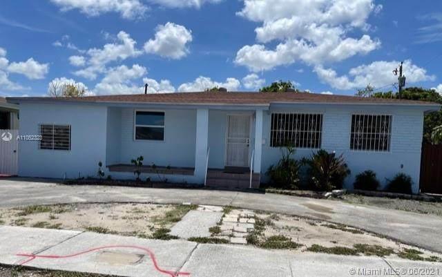 3240 E 8th Ave, Hialeah, FL 33013 (MLS #A11052323) :: Jo-Ann Forster Team