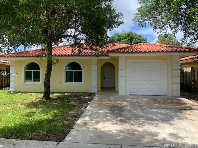 13630 SW 253rd St, Homestead, FL 33032 (MLS #A11052674) :: Berkshire Hathaway HomeServices EWM Realty
