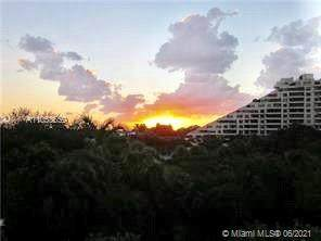 201 Crandon Blvd #308, Key Biscayne, FL 33149 (MLS #A11053559) :: Berkshire Hathaway HomeServices EWM Realty