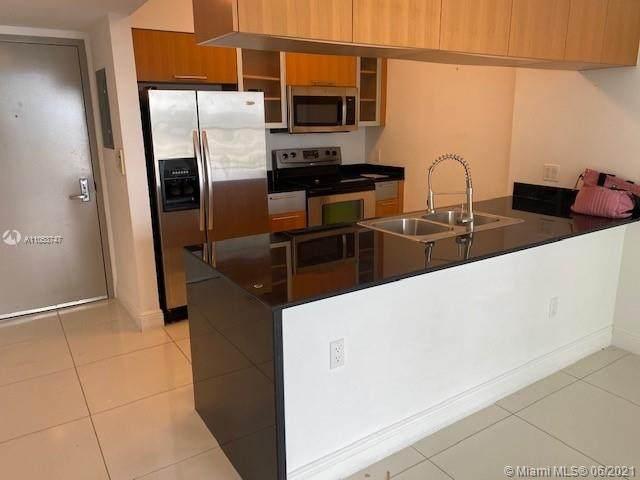 1750 N Bayshore Dr #3311, Miami, FL 33132 (MLS #A11053747) :: Castelli Real Estate Services