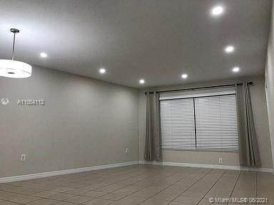 7450 Miami Lakes Dr C105, Miami Lakes, FL 33014 (MLS #A11054112) :: Berkshire Hathaway HomeServices EWM Realty