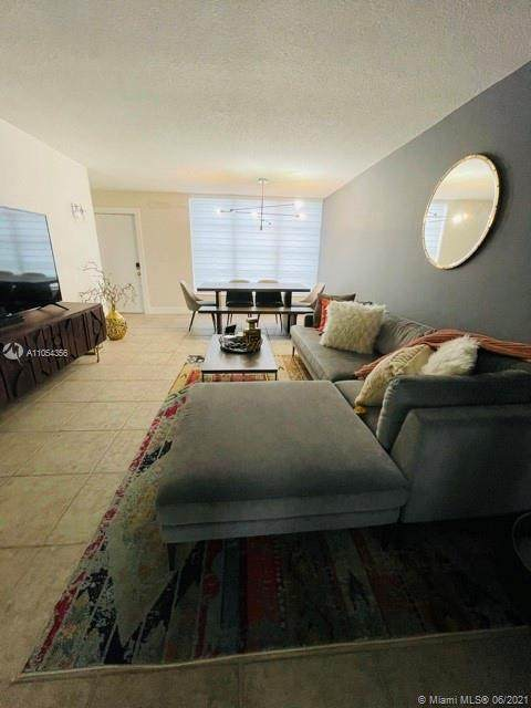 Plantation, FL 33317 :: Berkshire Hathaway HomeServices EWM Realty