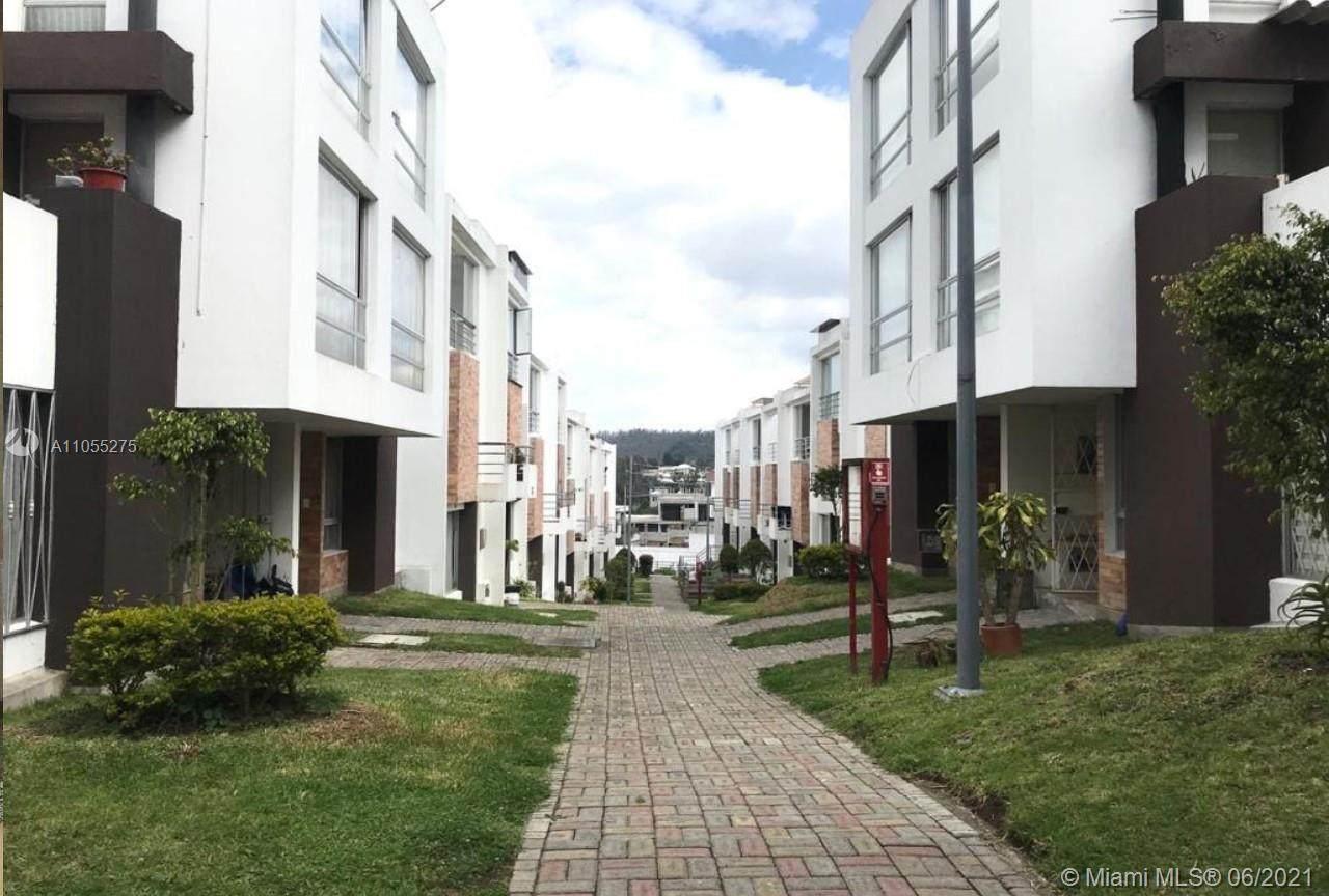 Calle de los olivos Rafael Veintimilla - Photo 1