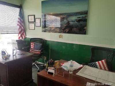 900 49th St Suite 550 - Photo 1