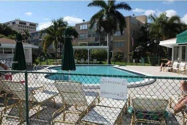 1333 E Hallandale Beach Blvd #203, Hallandale Beach, FL 33009 (MLS #A11056409) :: Castelli Real Estate Services