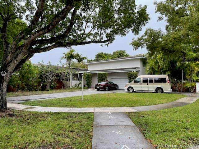 12885 Hickory Rd, North Miami, FL 33181 (MLS #A11056987) :: Equity Realty