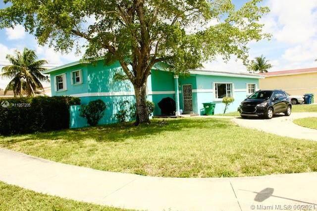 19700 NW 12th Ct, Miami Gardens, FL 33169 (MLS #A11057205) :: Berkshire Hathaway HomeServices EWM Realty