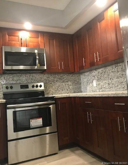 1000 SW 128th Ter 204V, Pembroke Pines, FL 33027 (MLS #A11058298) :: Search Broward Real Estate Team