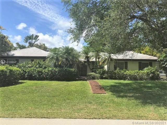 8445 SW 151st St, Palmetto Bay, FL 33158 (MLS #A11058848) :: Green Realty Properties
